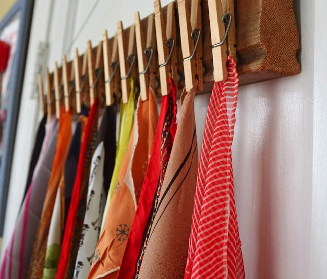 DIY Home Hacks scarf holder